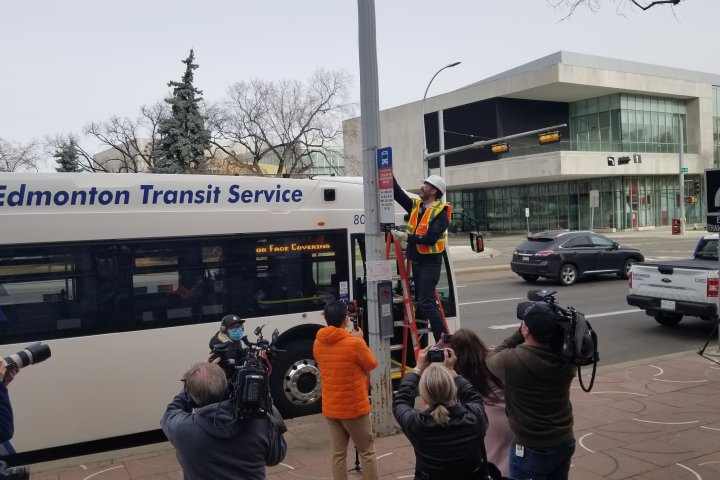 New bus stop signs to appear on Edmonton streets ahead of 2021 network launch
