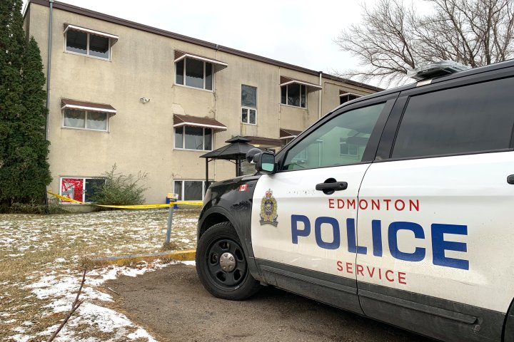 Police investigate reports of gunshot at north Edmonton apartment building