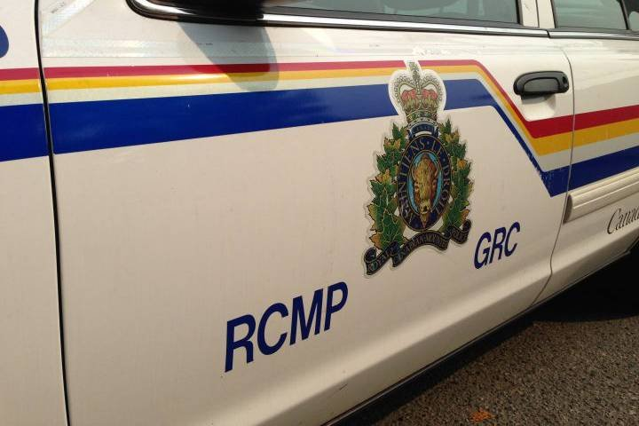 RCMP investigate deadly crash on northern Alberta highway