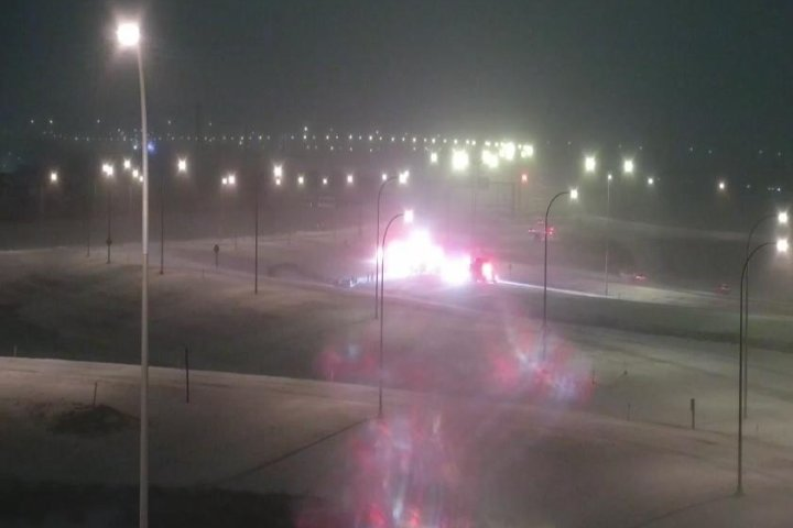 1 person killed in rollover on Calgary's Stoney Trail