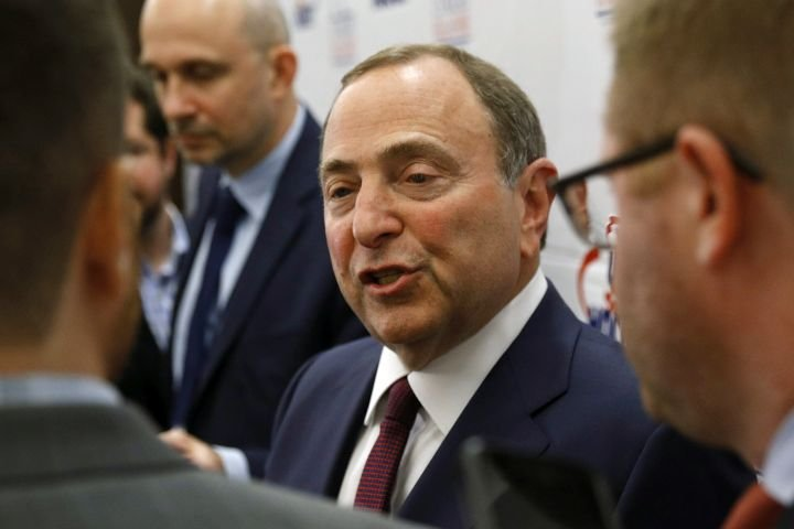 Bettman says NHL could go with temporary realignment for next season