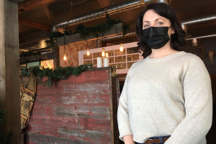 Edmonton restaurant struggles amid ever-changing pandemic restrictions