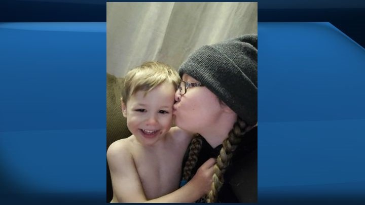 Mother of child killed in fire west of Edmonton thanks community for support