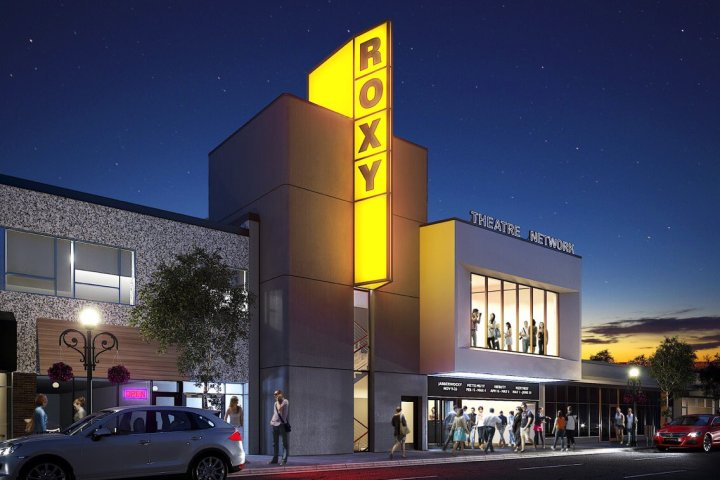 Roxy Theatre rebuild reaches milestone; venue expected to reopen in 1 year