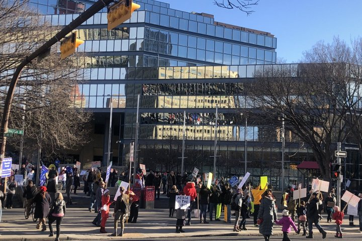 Calgary and Edmonton rallies protest government COVID-19 restrictions