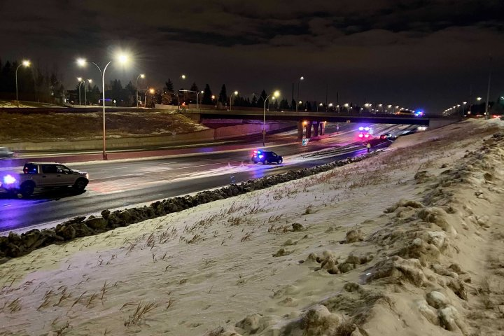 Edmonton police investigating after woman found dead on Whitemud Drive