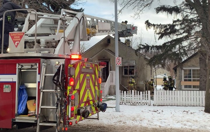 North Edmonton home damaged in Sunday morning fire