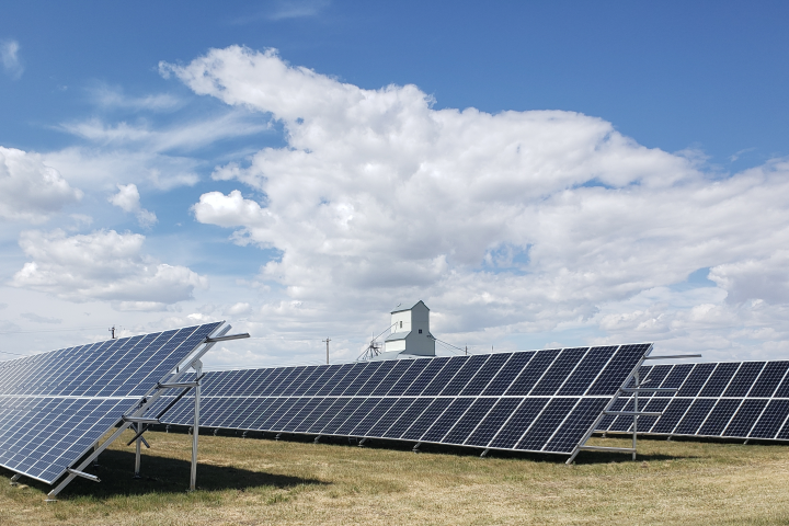 Village of Carmangay the latest in southern Alberta to harness solar power
