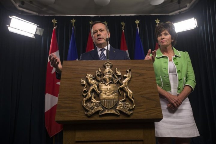 Alberta cancels recently issued coal leases in response to public outcry