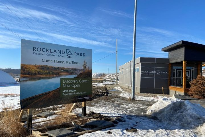 City councillor frustrated over lack of public access to northwest Calgary park