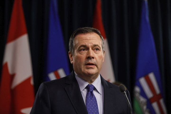 Kenney to provide update on Alberta's COVID-19 vaccine supply Monday morning