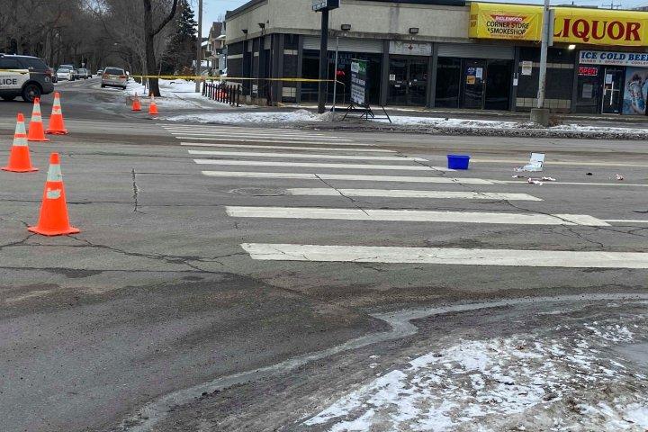 Pedestrian seriously injured after being hit by van in northwest Edmonton