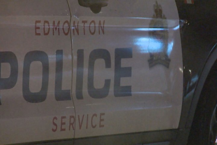 Police called to north Edmonton school after man in car offers candy to students