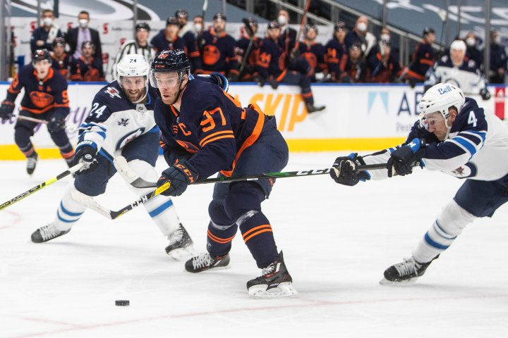 Edmonton Oilers storm back to down Jets