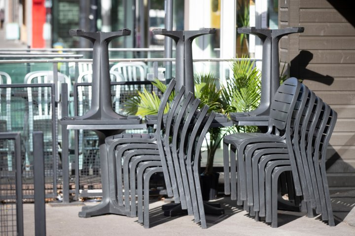 Alberta restaurant owners frustrated as COVID-19 closures cut into prime patio season