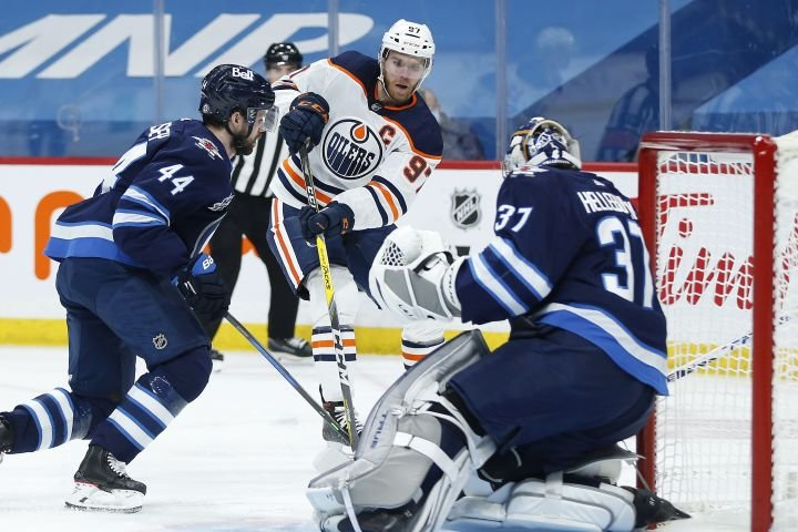 Edmonton Oilers to face off against Winnipeg Jets in 1st round of NHL playoffs