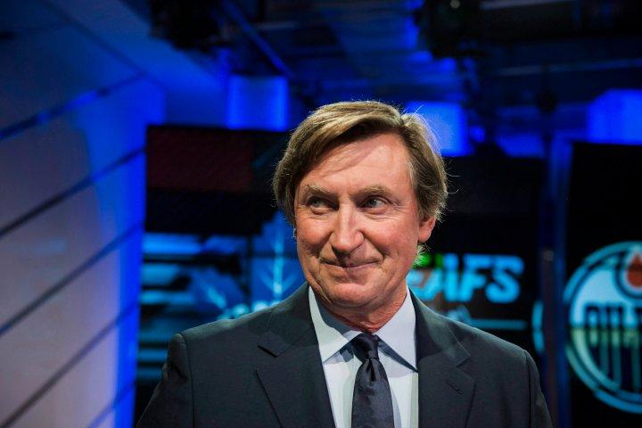Wayne Gretzky going into hockey broadcasting with Turner Sports