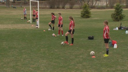 COVID-19 restrictions: Calgary restaurants look at layoffs as coaches struggle to keep kids active