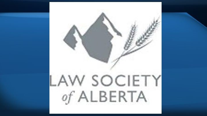 Alberta lawyer suspended for allowing nude photos in custody case