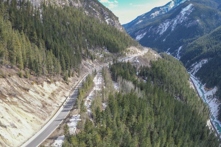 Trans-Canada Highway: B.C. project near Alberta enters final phase, closures planned