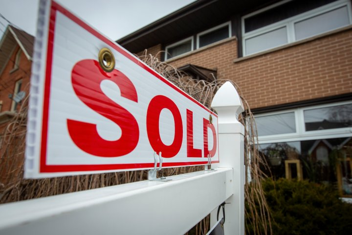 Calgary real estate market remains hot; average price of home up to $457,900