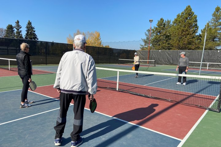 Edmonton's tennis community concerned over potential loss of courts to pickleball popularity