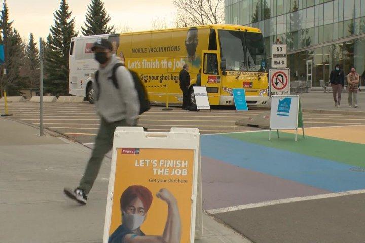 Protest at Calgary mobile vaccine clinic has nurses on edge