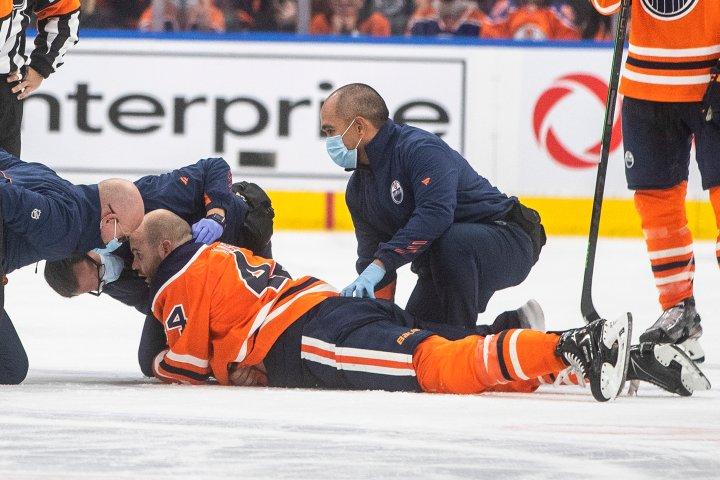 Zack Kassian hurt in fight as Edmonton Oilers win over Canucks
